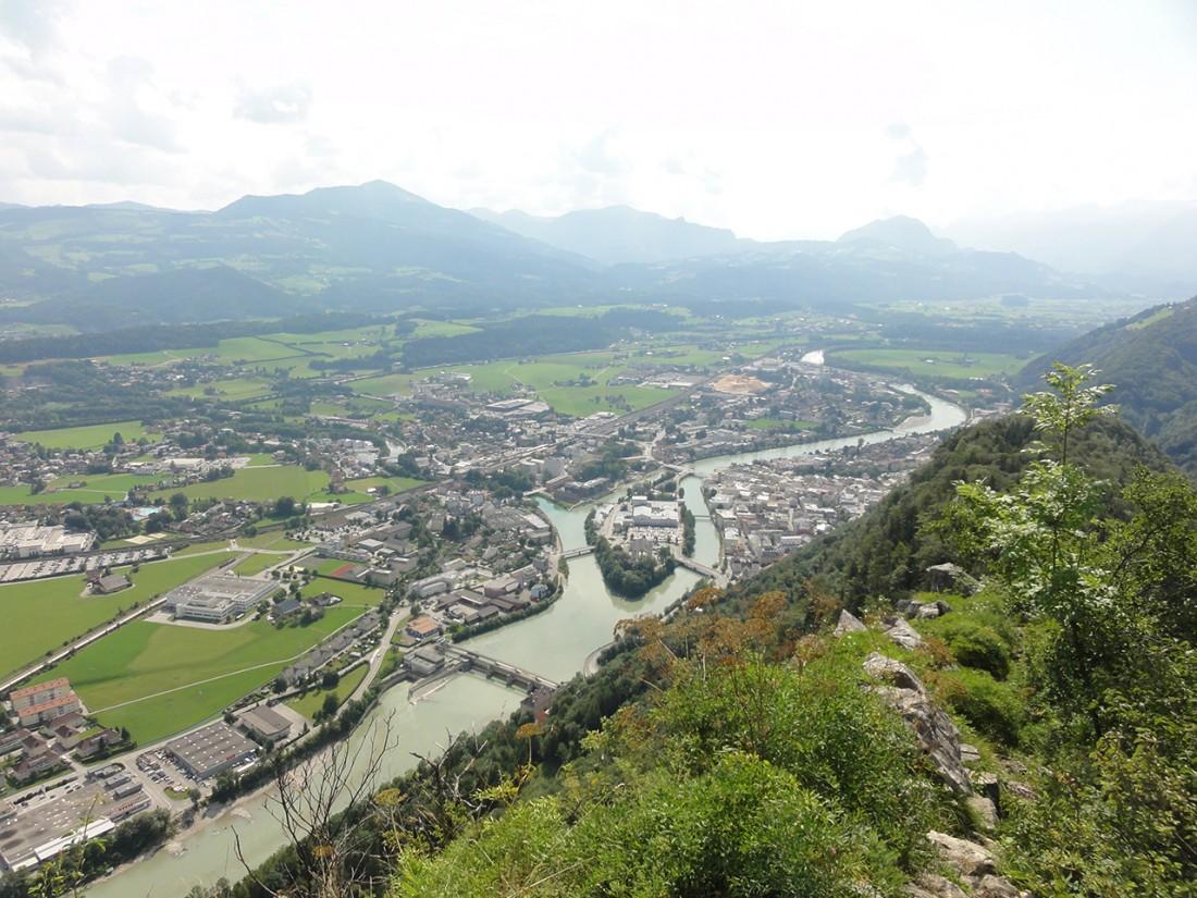 Arnoweg: Ausblick über Hallein und Salzachtal