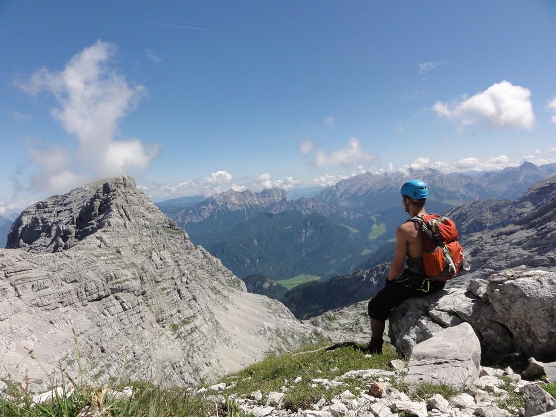 Arnoweg: Blick Richtung Breithorn (2413 m) vor dem zweiten Klettersteig
