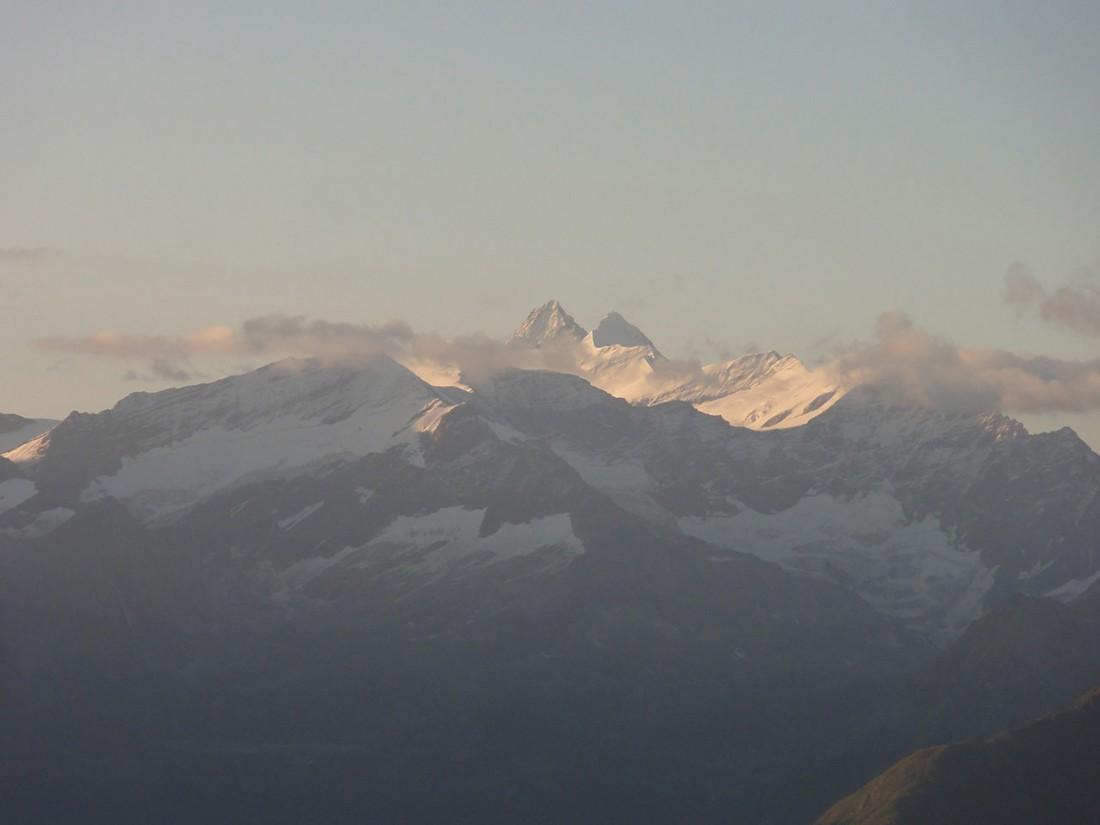 Arnoweg: Der Großglockner mit 3798 m höchster Berg Österreichs im Südosten