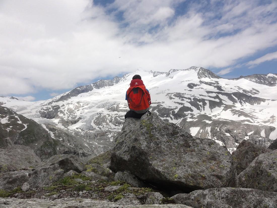 Arnoweg: Vor dem letzten Abstieg genoss ich noch einmal den Ausblick zum Großvenediger.