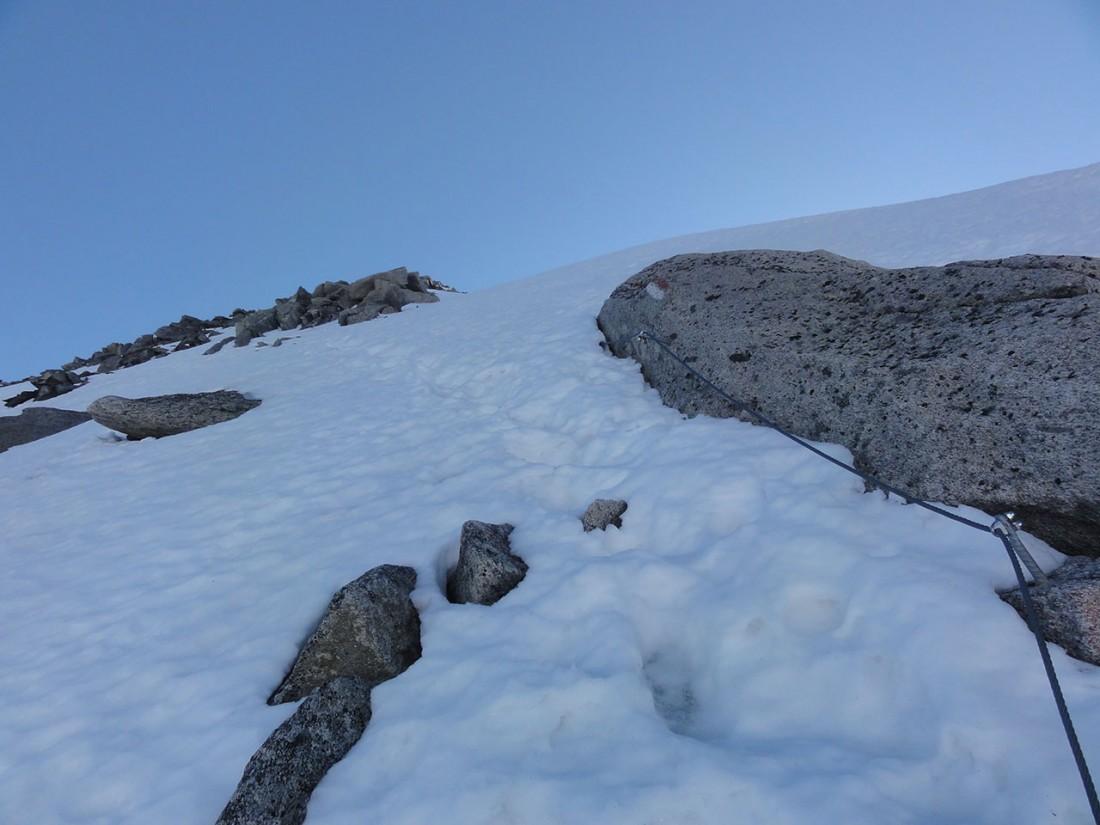 Arnoweg: Der teilweise gesicherte Aufstieg auf den Keeskogel ist äußerst steil.