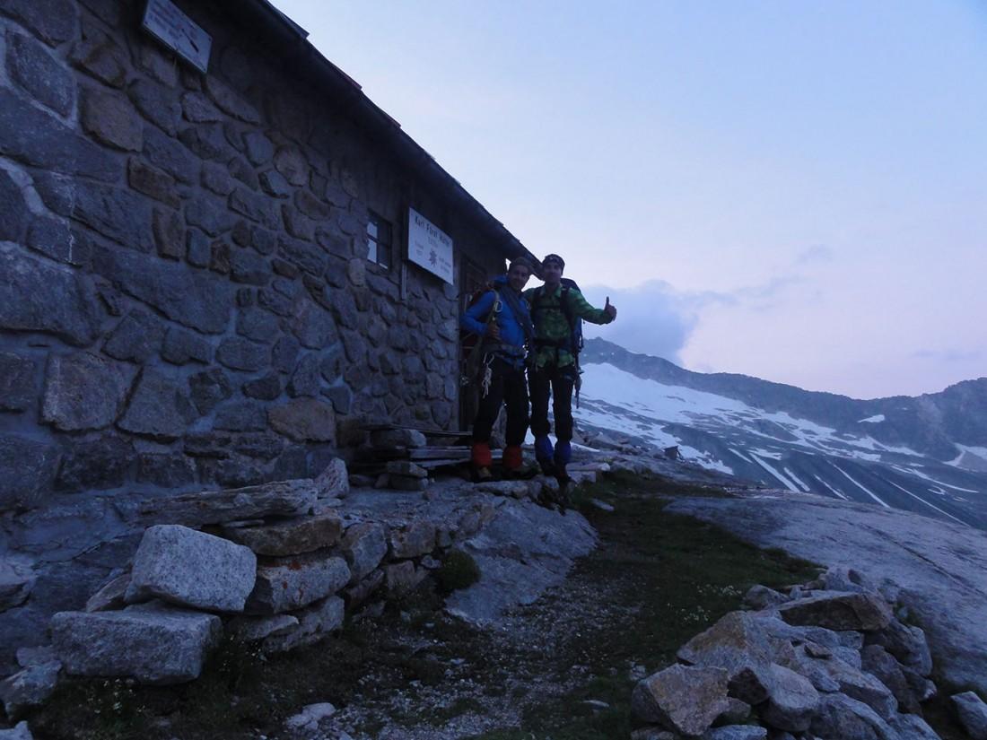 Arnoweg: Aufbruchstimmung vor der Karl-Fürst-Hütte