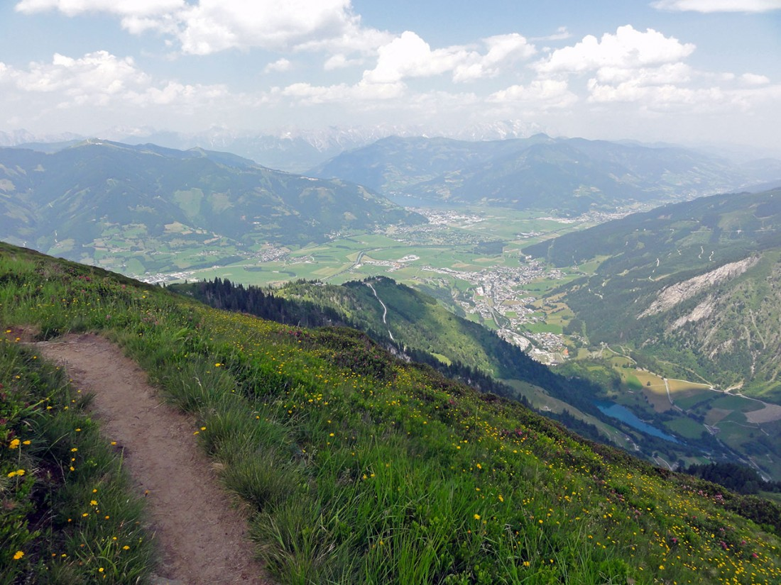 Arnoweg: Fest im Blick: der Zeller See