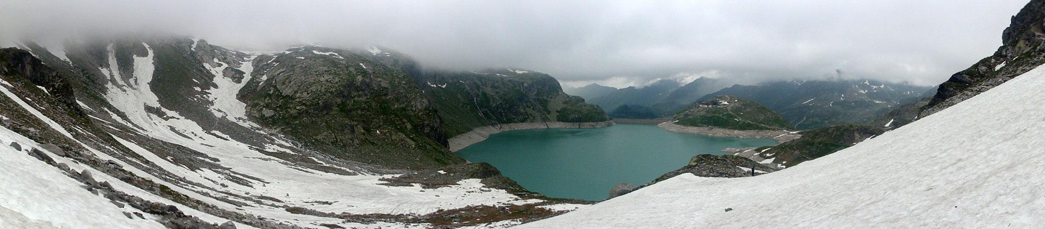 Arnoweg: Der Weißsee mit dem Berghotel Rudolfshütte