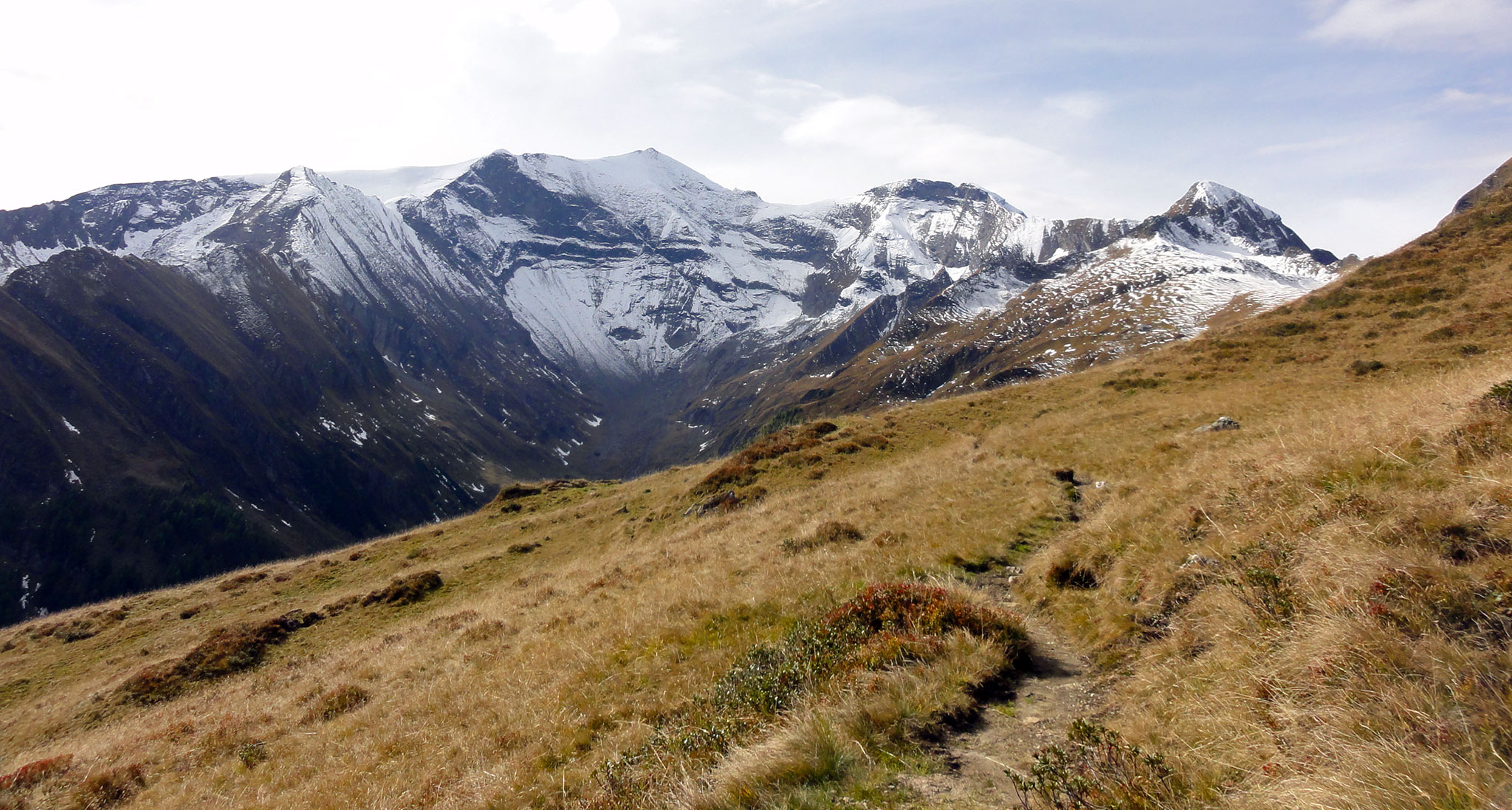 Arnoweg: Hoher Tenn (3368 m), Bauernbrach- & Kempsenkopf & Spitzbrett über der Gleiwitzer Hütte