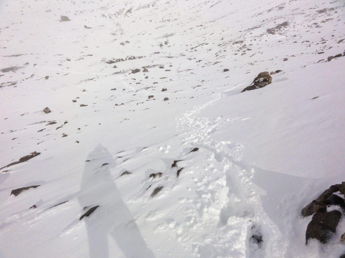 Arnoweg: Spuren im Schnee von der Pfandlscharte kommend