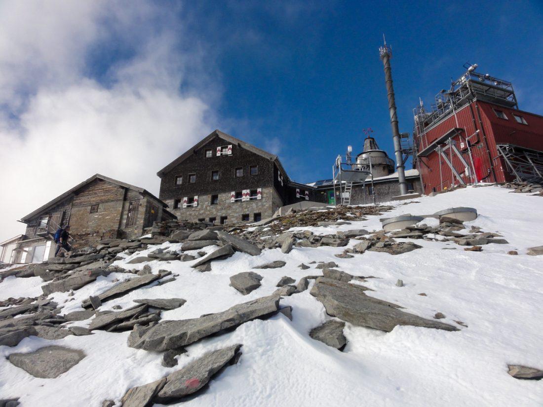 Arnoweg: die letzten Meter zum Zittelhaus am Hohen Sonnblick mit Observatorium