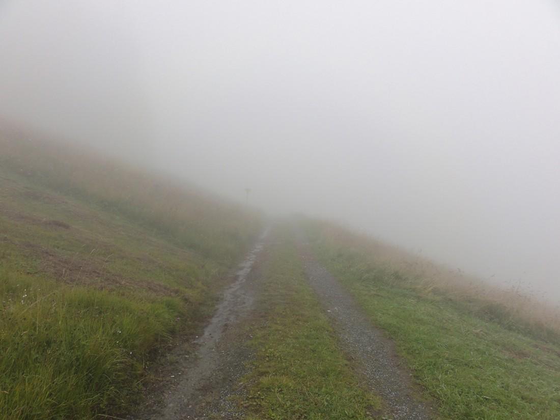 Arnoweg: Die Wolken hingen tief und sorgten für schlechte Sicht und wenig Orientierung