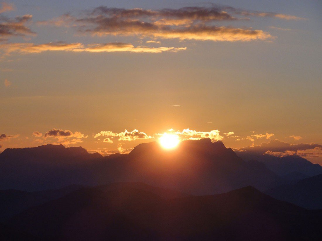 Arnoweg: Und schon wärmen einen die ersten Sonnenstrahlen.