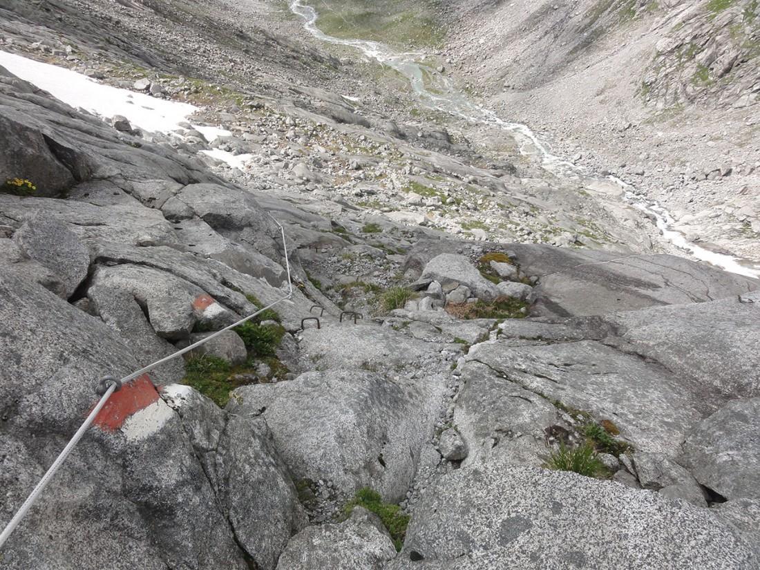 Arnoweg: Der Abstieg zum Sulzsee ist gut gesichert.