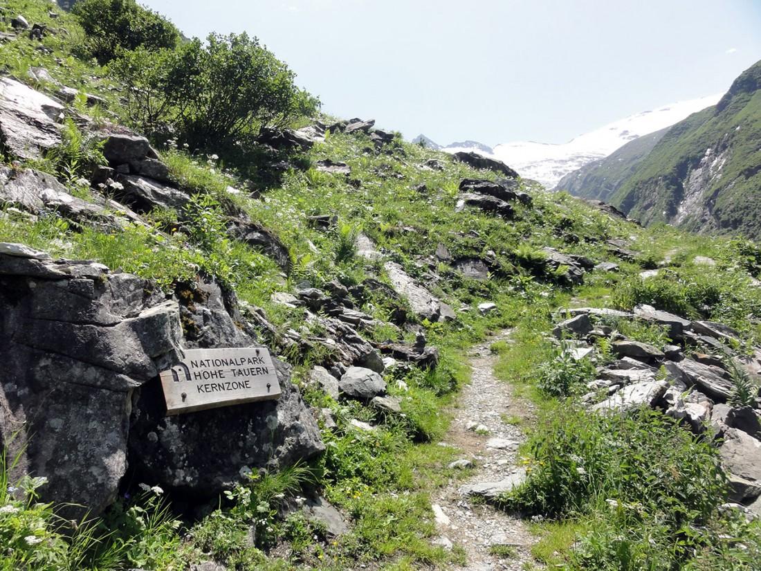 Arnoweg: Beim Aufstieg zur Neuen Thüringer Hütte betritt man die Kernzone des Nationalpark Hohe Tauern.