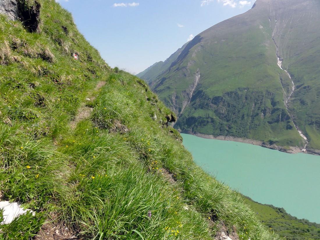 Arnoweg: Der Weg auf das Kitzsteinhorn über dem Wasserfallboden ist stellenweise kaum ausgetreten.
