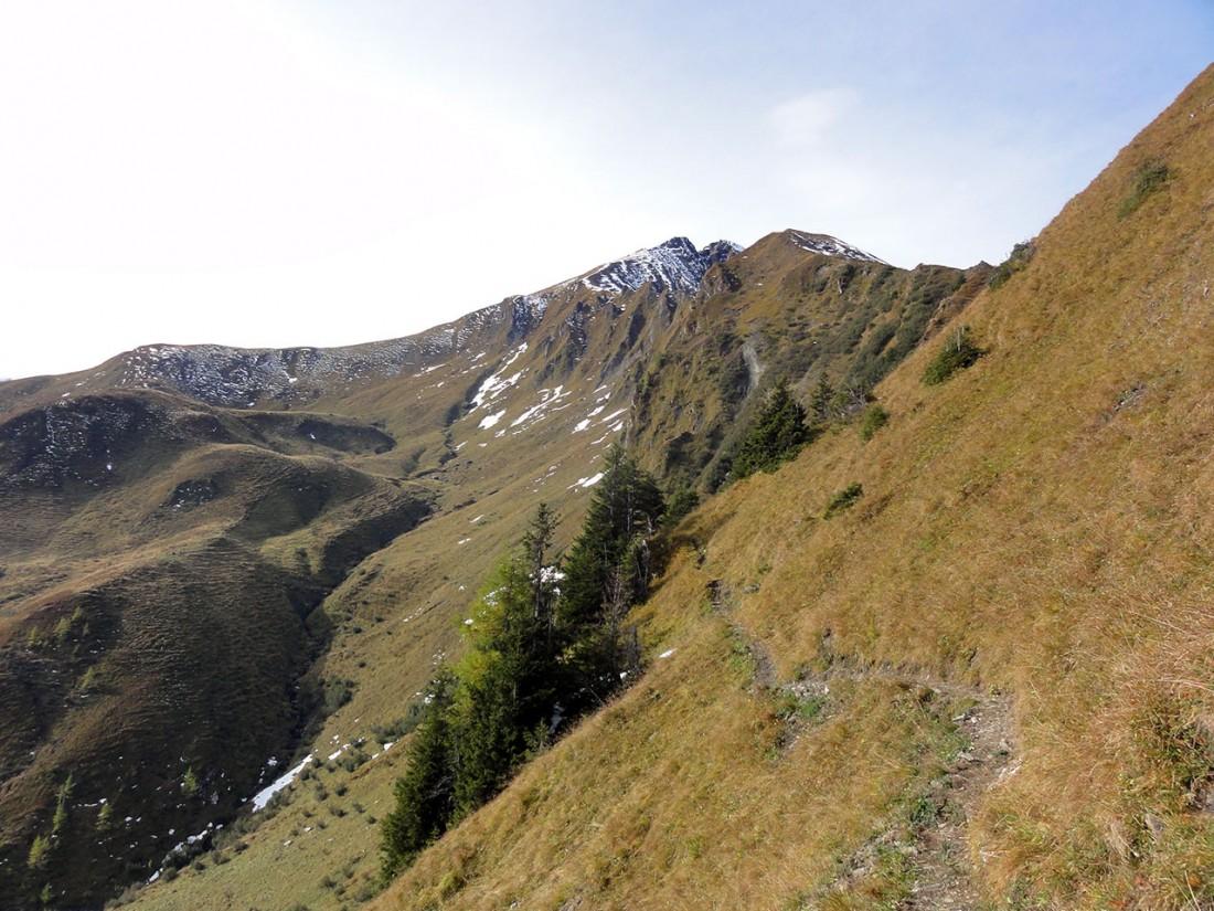 Arnoweg: Unter den Felswenden des Türchlkopfs