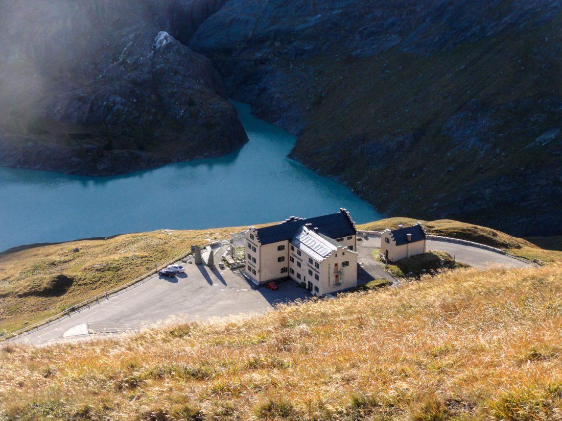 Arnoweg: Das Glocknerhaus und Ziel der 30. Arnoweg-Etappe