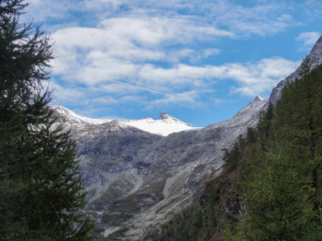 Arnoweg: Das Ziel vor Augen: das Zittelhaus am Hohen Sonnblick (3106 m)